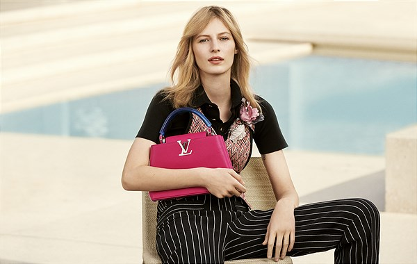LV_Capucines BB_grenadine_in Taurillon leather and plexiglass